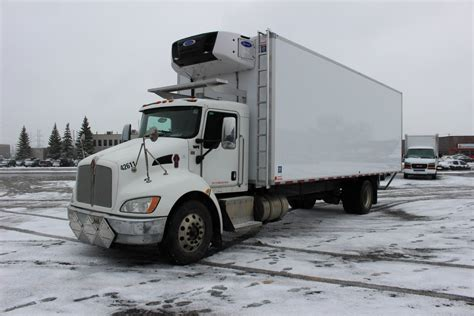 kenworth body 26 frio truck body on kenworth t370 transit