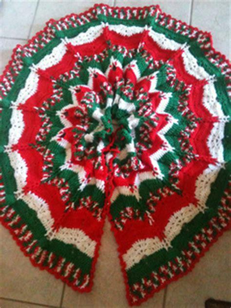 christmas ripples tree skirt pattern ravelry christmas ripples tree skirt pattern by herrschners