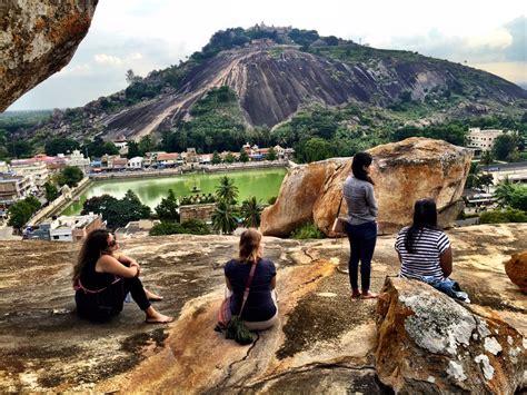 travel volunteer volunteers travel to ancient indian temples