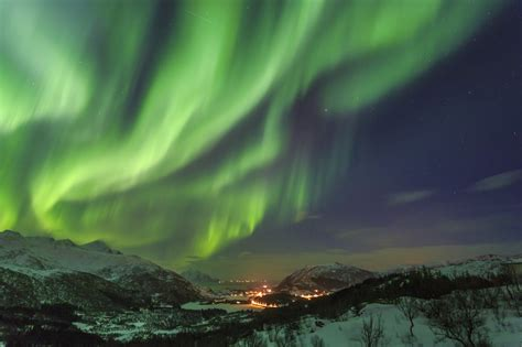 vacation packages to see northern lights the 5 best destinations to see the northern lights