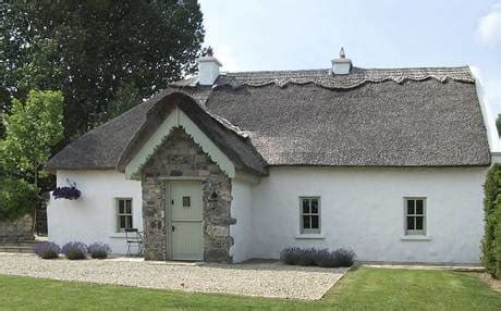 Ireland Self Catering And Cottage Holidays Guide Cottages In Ireland With Tub