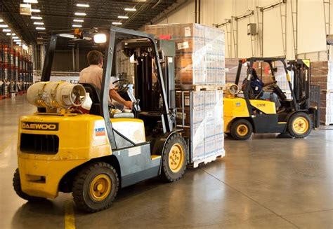 Forklift Mechanic by Forklift Repair Riverside Forklift Solutions Temecula My