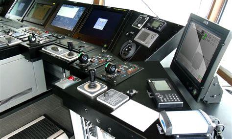 ship autopilot control system dp system and autopilot for icebreaker baltika yellow