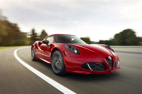 Alfa Romeo 4s 2014 Alfa Romeo 4c Front Right View Photo 15
