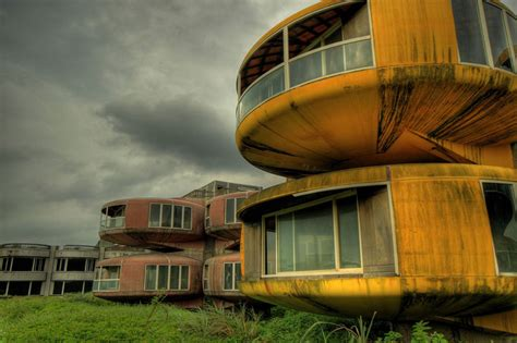 abandoned places around the world 50 breathtaking photos of abandoned places from around the