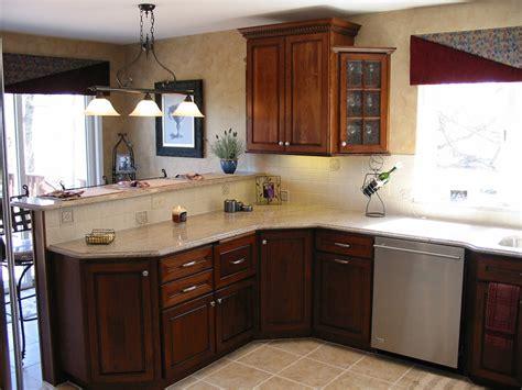 cherry oak kitchen cabinets photos kitchens with cherry oak hickory or lyptus
