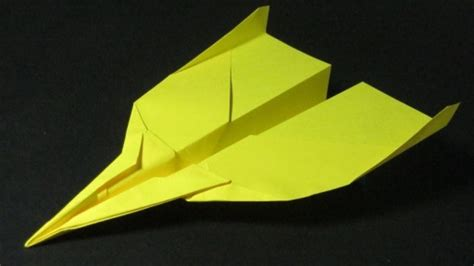 How To Make A Paper Airplane Fly Far - on how to make paper airplanes that fly far