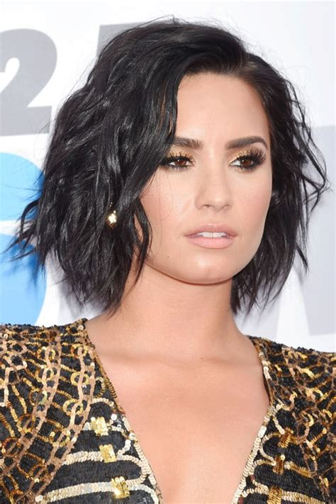 Demi Lovato Hairstyles by Demi Lovato Wavy Black Bob Shaggy Bob Hairstyle