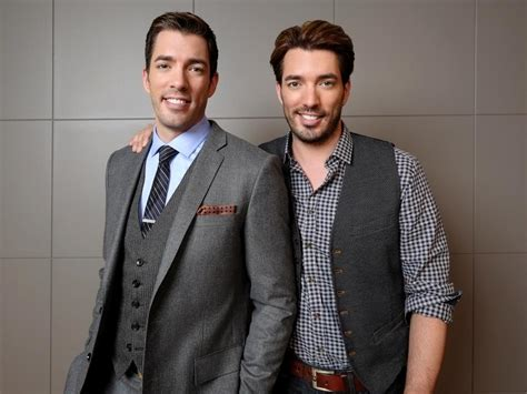 drew and jonathan ep 45 the property brothers our interview with jonathan drew scott chris loves julia