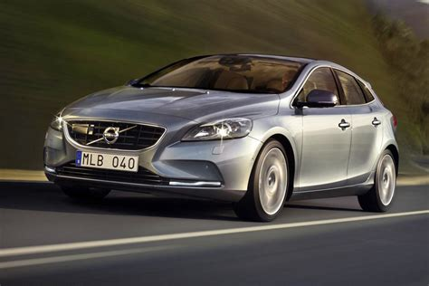 volvo v40 d2 es pictures auto express