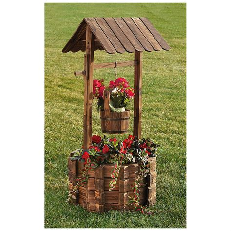 Wishing Well Planters by Castlecreek Wishing Well Planter 233718 Decorative