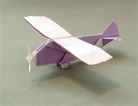 3d Origami Airplane - propeller plane by seiji nishikawa stuff to try