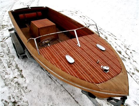 chris craft project boats for sale 1953 19 chris craft classic runabout