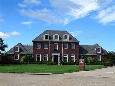 colonial brick homes red brick colonial house french style homes colonial