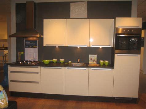 bruynzeel keukens folder showroomkeukens bruynzeel flexibele slang afzuigkap praxis
