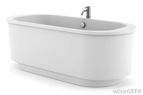 Porcelain Bathtubs by What Are The Pros And Cons Of Using A Porcelain Bathtub