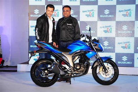 Suzuki Gixxer 150cc and Let?s scooter unveiled   Bike News