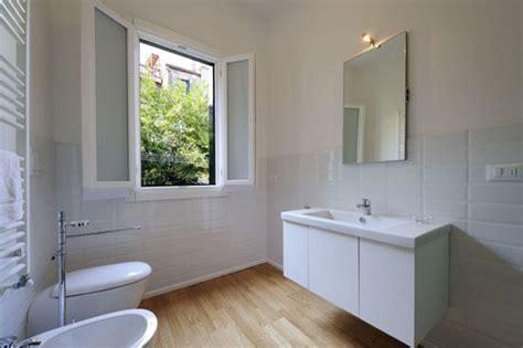 parquet teak bagno le 5 cose da controllare prima di ristrutturare il bagno