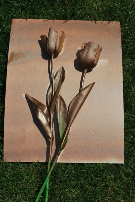spray painted roses diy spray paint flower art easy and cheap