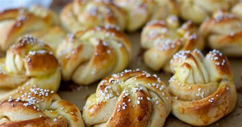 Swedish Kitchen freshfromevaskitchen swedish cardamom rolls