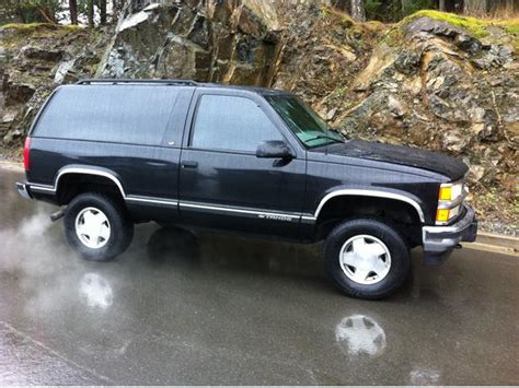 1998 2 Door Tahoe 1998 chevrolet tahoe 2 door esquimalt view royal
