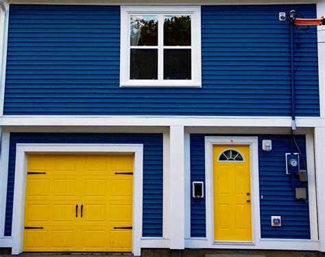 Garage Door Yellow Light Garage Door Yellow 28 Images In The Yellow House