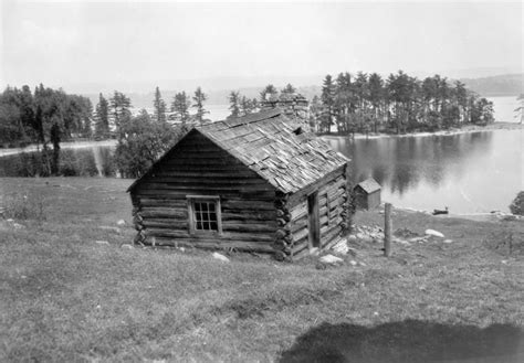 file pinney homestead erected 1825 jpg wikimedia commons