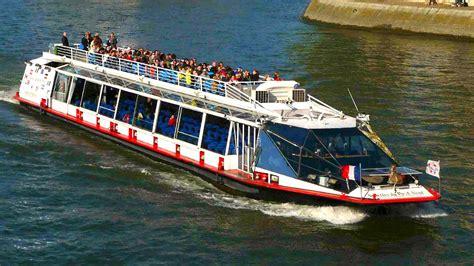 bateau mouche bastille bateaux vedettes du pont neuf seine river cruise with