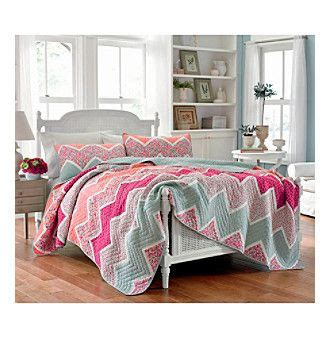 Ainsley Cotton Quilt by 7 Best Ideas About Quilt Shopping On Quilt Home And King Pillows