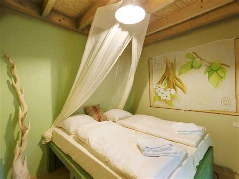 schlafzimmer jungle ferienhaus het heijderbos