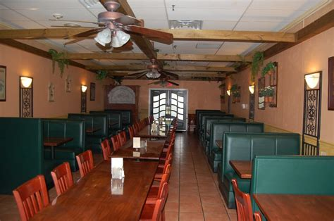 il giardino spring house il giardino pizza cafe upgrades its restaurant layout innovative seating blog