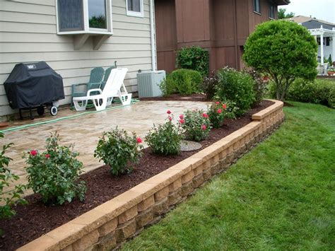 patios ideas landscaping landscaping around patio sloped front yard retaining wall