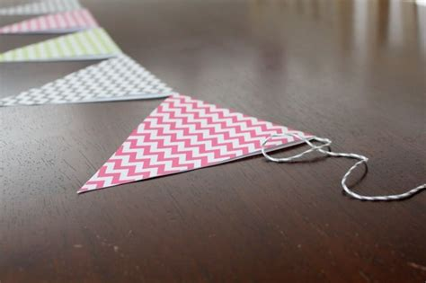 How To Make Bunting With Paper - how to make paper bunting tutorial