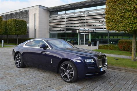rolls royce uk rolls royce wraith 2015 review blending luxury with