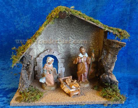 fontanini nativity 5 quot fontanini nativity starter set 3 pc w 10 quot wooden stable