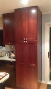 placement of kitchen cabinet knobs kitchen cabinet knobs