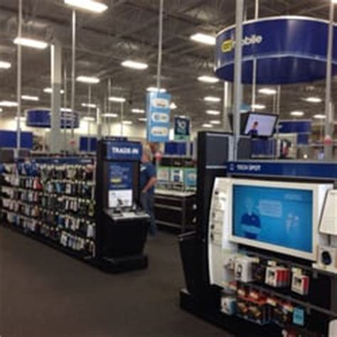 best buy chicago best buy electronics bucktown chicago il reviews