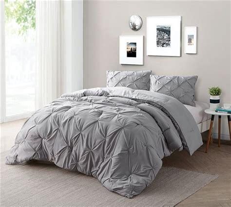 Oversized King Bedding Sets Best 25 Oversized King Comforter Ideas On Pinterest Teal Bedding Comforter Sets And