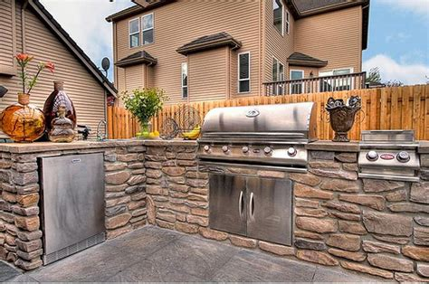 Custom Outdoor Kitchen By Paradise Restored Landscaping Flickr | custom outdoor kitchen by paradise restored landscaping