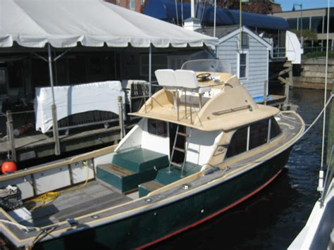 boat tower craigslist 31 bertram fbc forsale the hull truth boating and
