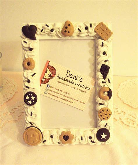 cornici fimo cornice decorata con panna e biscotti in fimo per la