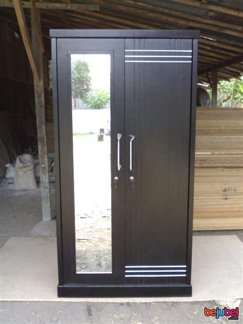 Lemari Es Pintu 2 lemari pakaian 2 pintu minimalis