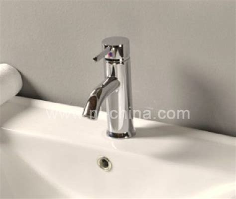 High Quality Bathroom Faucets by Easy To Clean High Quality Bathroom Faucet