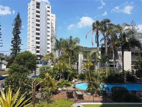 appartments gold coast baronnet apartments in gold coast hotel rates reviews
