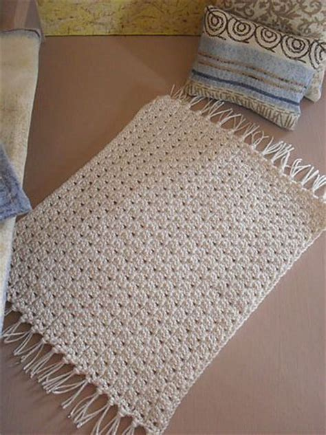 throw rug knitting patterns 25 best ideas about crochet rug patterns on