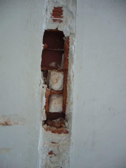 Reboucher Trou Mur Platre 5038 by Attrayant Peindre Mur En Platre 7 Cloison Enlev233e