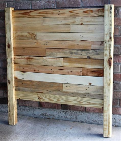 Headboards Made From Pallets by 4 Headboards Made From Wooden Pallets Pallet Furniture Plans