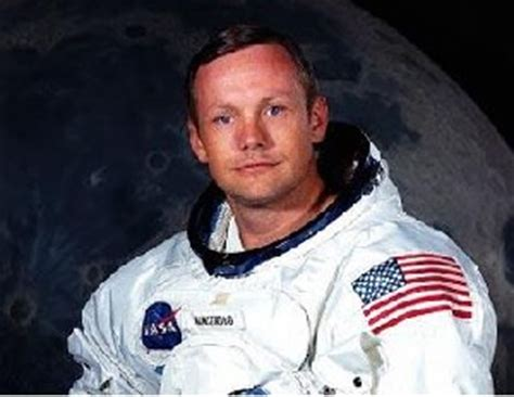 neil armstrong biography in spanish famous astronauts pics about space