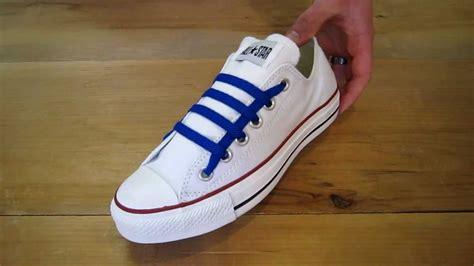 tutorial mengikat tali sepatu keren 8 gaya mengikat tali sepatu yang keren simple