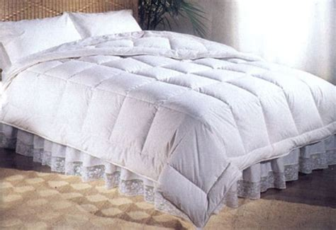 white puffy comforter 13 best images about duvet inserts comforters on
